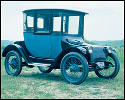 "1918 Detroit Electric ""Brougham"""
